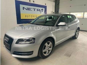 Voiture Audi A3 Sportback 1.2 TFSI Attraction