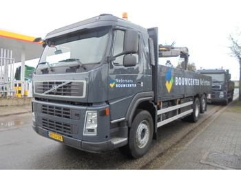 Volvo FM 300 6X2 STEER LIFT - camion plateau ridelle