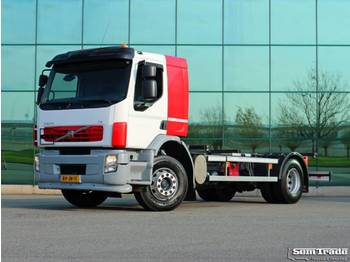 Volvo FE S 4X2R 280 HP E5 FULL ADR 20 ft TWISTLOCKS MANUAL GEAR AIRCO HOLLAND TRUCK - châssis cabine