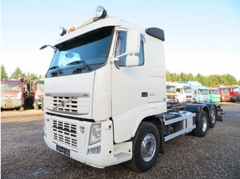 Châssis cabine Volvo FH540 6x2*4 ADR Chassis