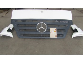 Mercedes-Benz Mp2 Megaspace Grille + Cabinehoeken MP2 Megaspace - cabine/ parties de corps