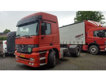 Tracteur routier Mercedes Benz ACTROS 1840: photos 1