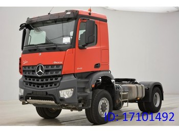 Tracteur routier Mercedes-Benz Arocs 2145AS - 4X4