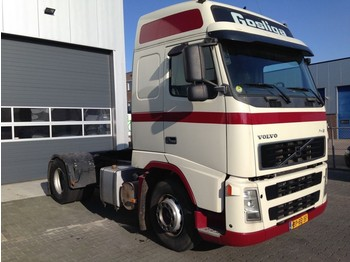 Volvo FH12 420 Globetrotter XL - tracteur routier